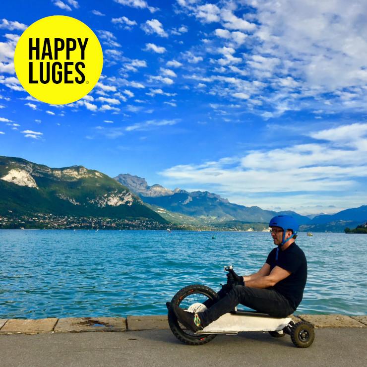 Happy-Luge-location-de-luges-electriques-ete-equivalent-au-paret-de-manigod-annecy-alpes-sled-sledding-happy-photo1